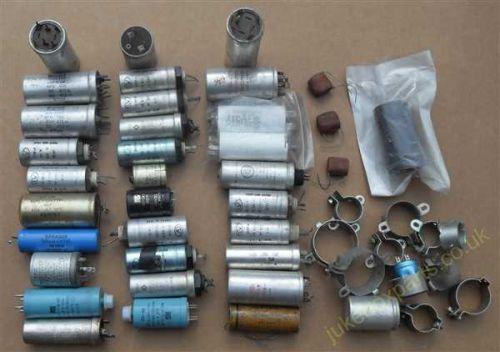 Bag of Assorted Mixed Capacitors (MT39)