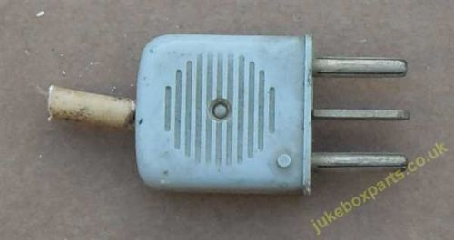 3 Pin Plug 30mm Approx (PS08)