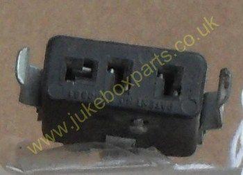 3 Pin Socket 25mm x 10mm Approx (PS31)