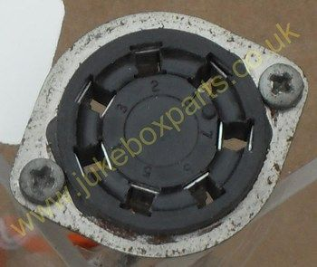 7 Pin Socket 38mm Approx  Including Metal Surround (PS58)